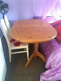 Lovely pine table and chairs £40 Ono
