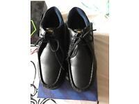 Shoe schools