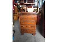 Very nice vintage chest of drawers dovetail joints