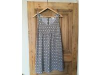 Spring / Summer maternity clothes size 10-12, 8 items