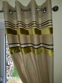 NEXT coordinating curtains (2 pairs), rug and cushions (x4)