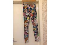 *BARGAIN * HOUSE CLEARANCE * happy pop art colage colorfull leggins comics M