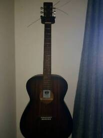 Tanglewood TWCR O E acoustic electric guitar