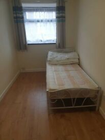 ROOMS AVAILABLE, THOMAS CRESCENT, SMETHWICK, FULLY FURNISHED, DSS ACCEPTED,ALL BILLS INC!!