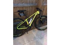 Specialised2015 good condition lock out forks hydraulic disks 29inch wheels