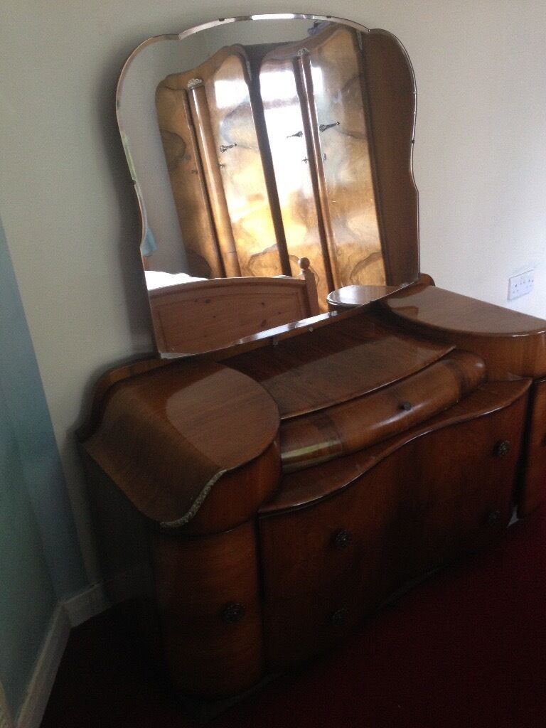Bedroom wardrobe and dressing table excellent condition for sale