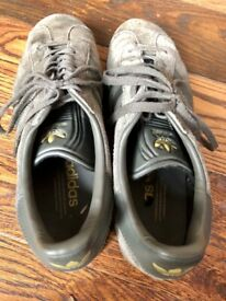 3a23a5823e2c Men s Rhyton sneaker with LA Angels print