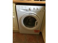 HotPoint Aquarius 8.6kg Class washer dryer with condenser