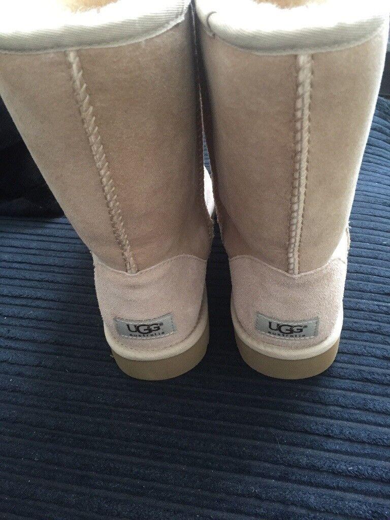 Genuine ugg ladies boots size 6.5