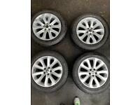 Genuine Range Rover Alloys and Good Year F1 Tyres