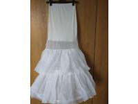 Wedding dress underskirt with hoop