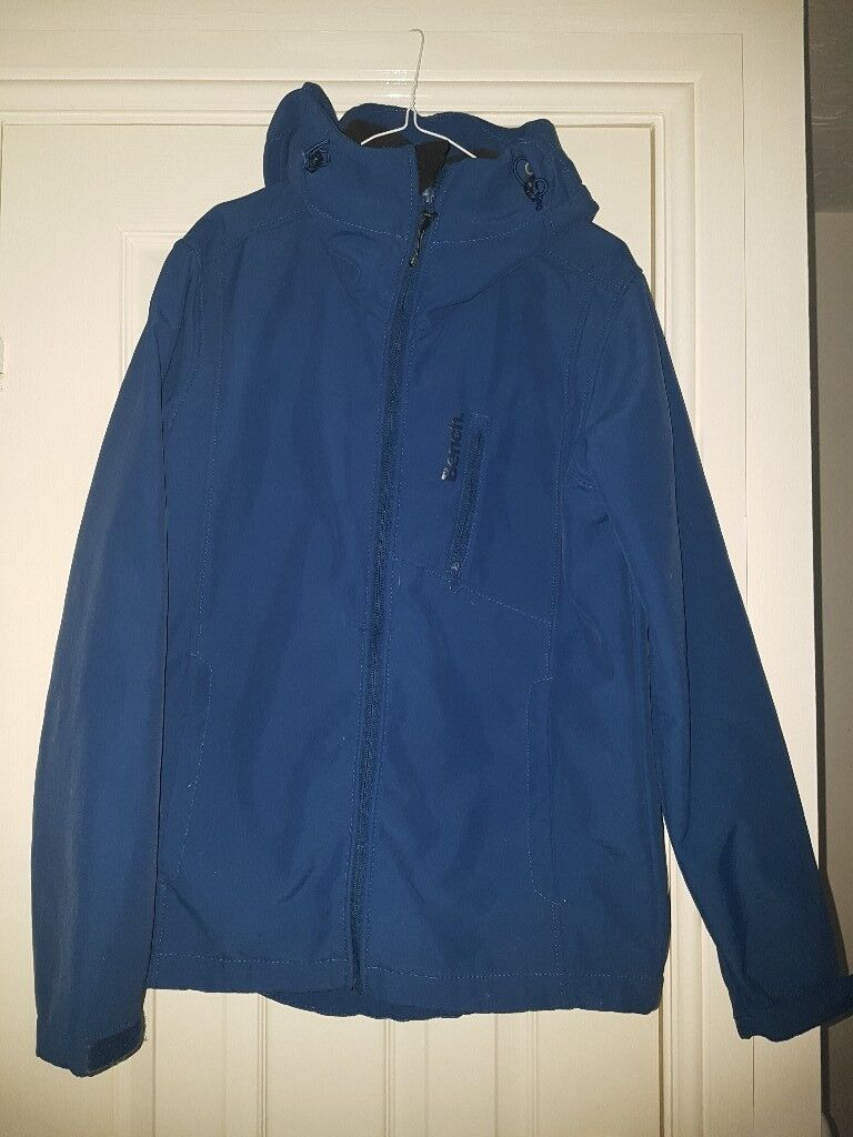 Mens Small Bench Softshell Jacket In Caerphilly Gumtree