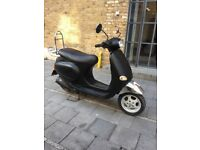 Vespa et4 125 matt Black AMAZING BIKE