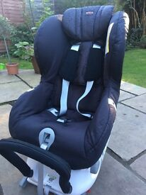 £125 Britax Max-Fix II Car Seat. Rear Facing. ISOFIX. Birth - 4 Yrs. Good Condition. No Accidents.