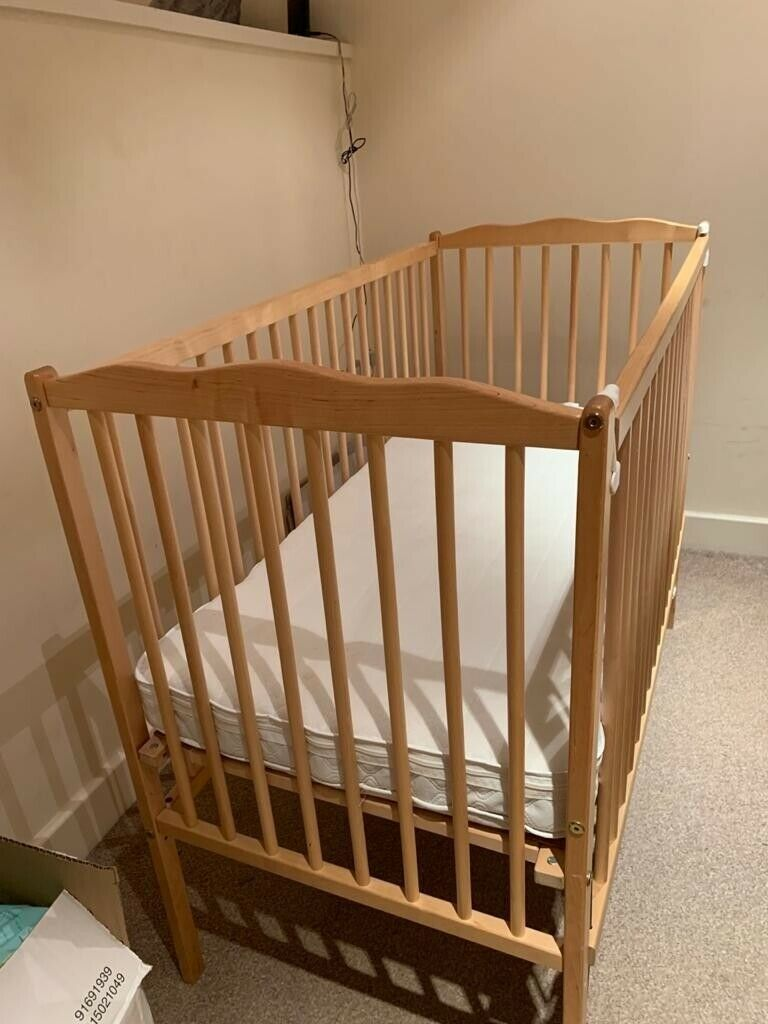 Baby cot (Wooden, Adjustable front, Immaculate Condition ...