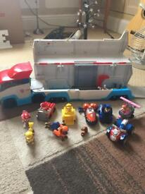 Paw patrol truck with sounds and extras