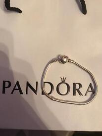 Pandora heart clasp charm bracelet