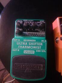 Behringer Pitch Shifter Guitar pedal