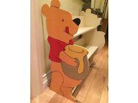 Kids Pooh Bear shelves