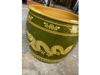 Chinese style pot