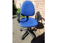 Computer chair FREE TO GOOD HOME