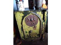 Antique victorian milners 212 fire safe comes euth originsl key just nerds hsdle BARGAIN
