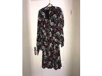 Size 12 vintage floral dress + matching shoul