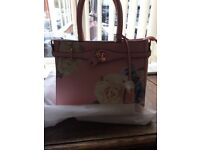 Brand new Ted Baker style handbag, pale pink with beautiful flowers on side.