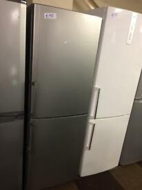 SILVER HOTPOINT FRIDGE FREEZER GOOD CONDITION🌎🌎