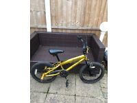Boys 18 Inch Predator SilverFox BMX Bike with rear stunt pegs.