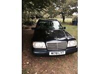 Mercedes benz, E 280 W124, 7 seater Automatic. Magnificent car in excellent condition.