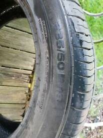 Tyre Continental excellent condition 235/50 R18
