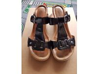 Ladies Gabor comfort black patent leather platform sandles UK 6.5