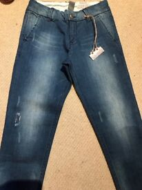 New, 4-5 y size girl jean from Zara