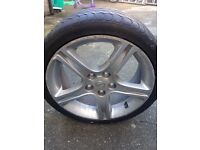 Lexus Alloy 17 inch with tyre