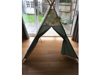 Beautiful Maple and Spud Childrens Teepee