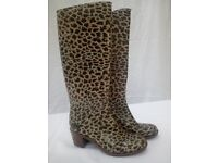 Wellington Boots Size 6/39