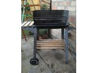 Charcoal grill barbeque