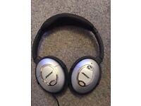 Bose Quiet Comfort 2 Headphones in good working condition!