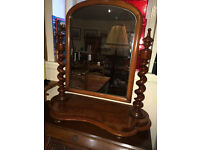 Beautiful Original Antique Mahogany Barley Twist Victorian Table Top Swivel Vanity Dresser Mirror