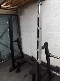 Full commercial squat rack rated to 400 kg