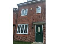 3 bedroom, 3 story house with allocated parking and back garden with 3 bathrooms in Westvale, Kirkby
