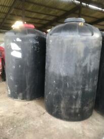Large water tank 1500L