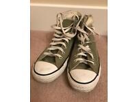 Unisex Khaki Green Converse All Stars High Tops - Size UK 7 (barely worn)