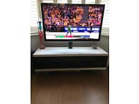 Tv stand - only a few months old