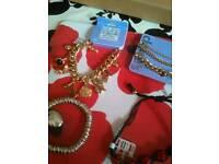 Loads jewelry