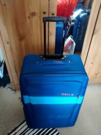 Quality Skyflite Suitcase