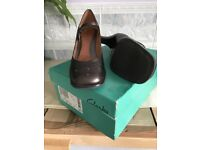 Clarks Ladies Floss Bronze Leather Shoes - UK 6