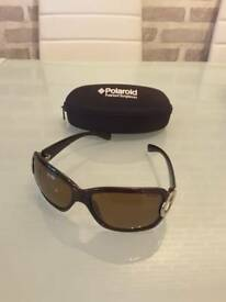 Ladies polaroid sunglasses