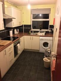 1 Furnished Bedroom Available Lisburn Road Area £200pm